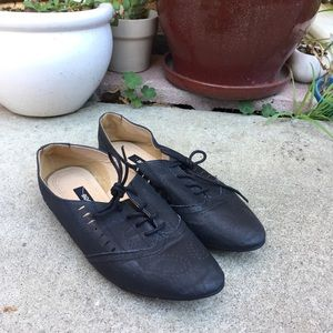 Urban Outfitters lace up oxfords.